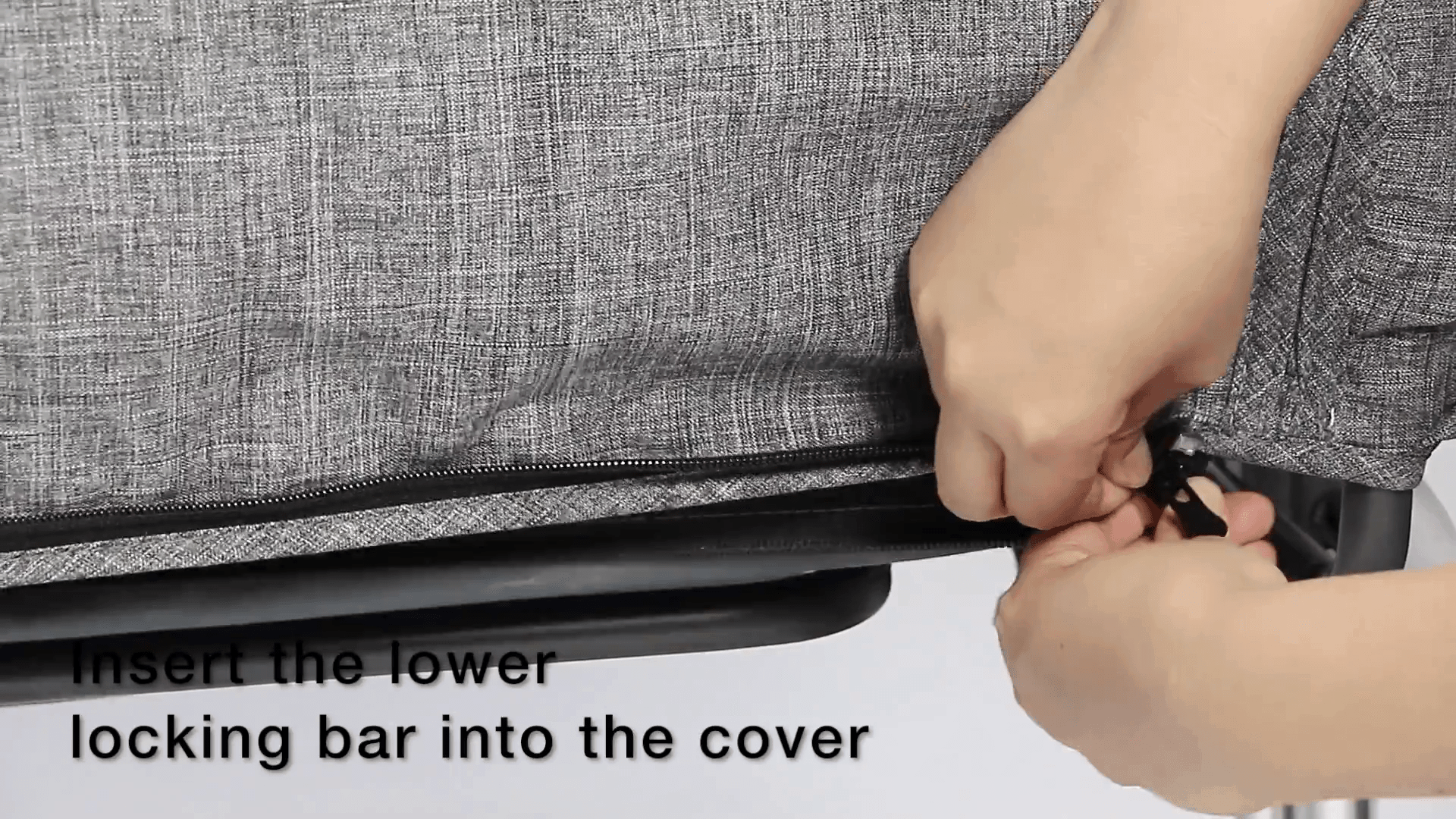 Mika Micky - install locking bar into cover 3