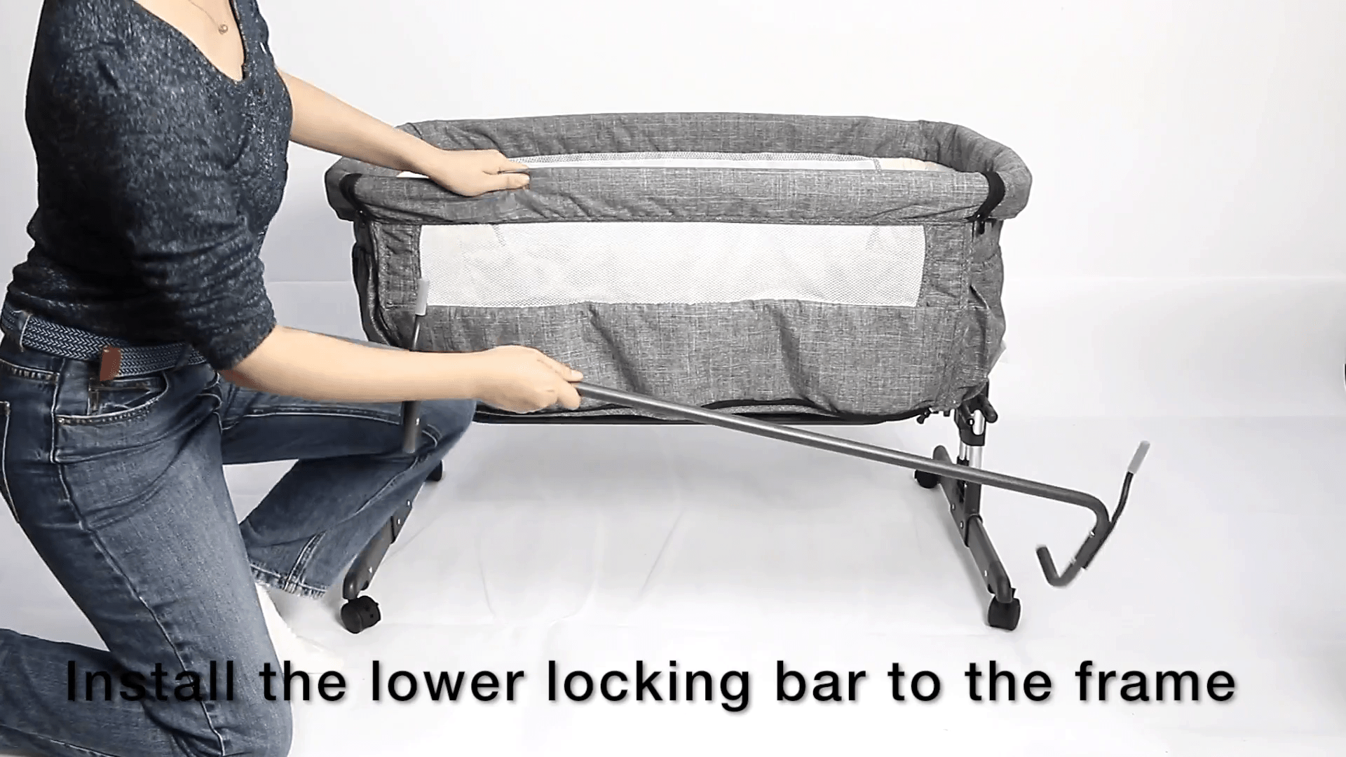 Mika Micky - install lower locking bar 1
