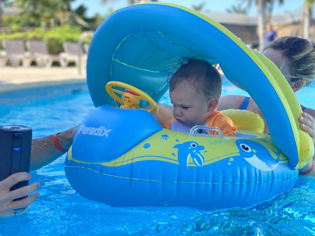 Floatie in the pool