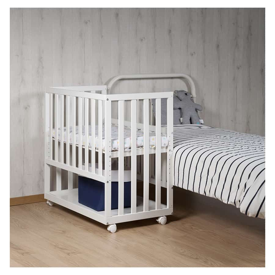 What is a co sleeper bassinet