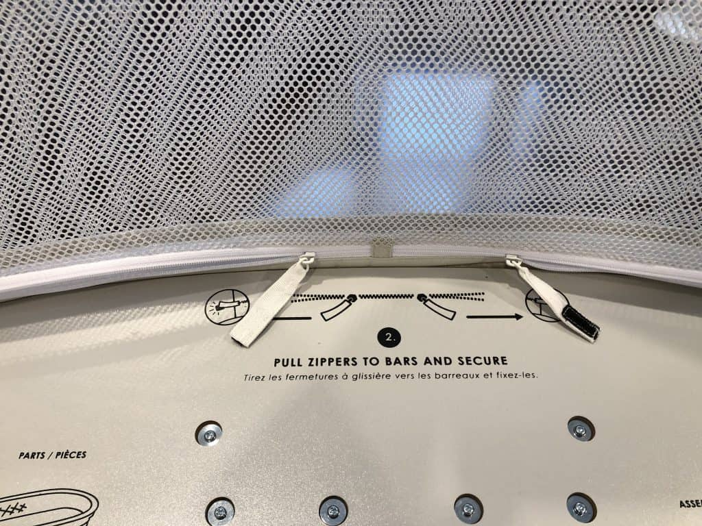 4moms mamaroo sleep bassinet zipper open