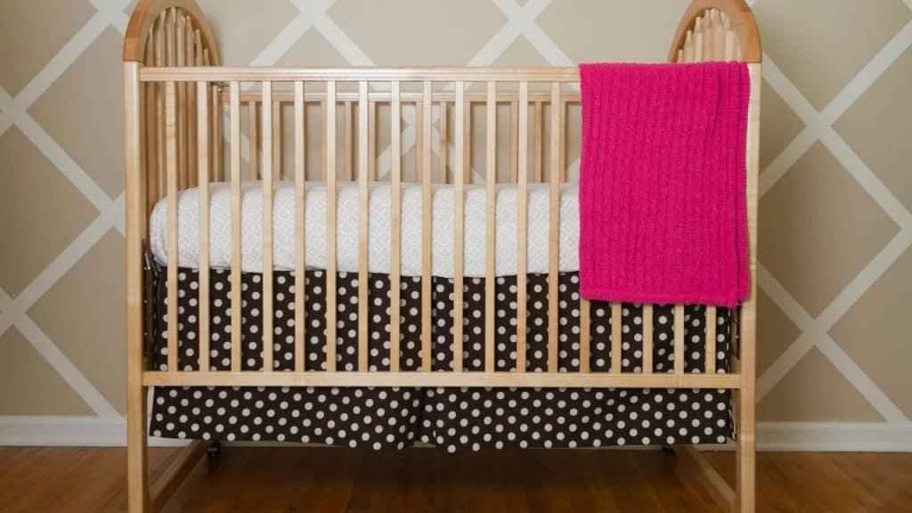 classic standard crib